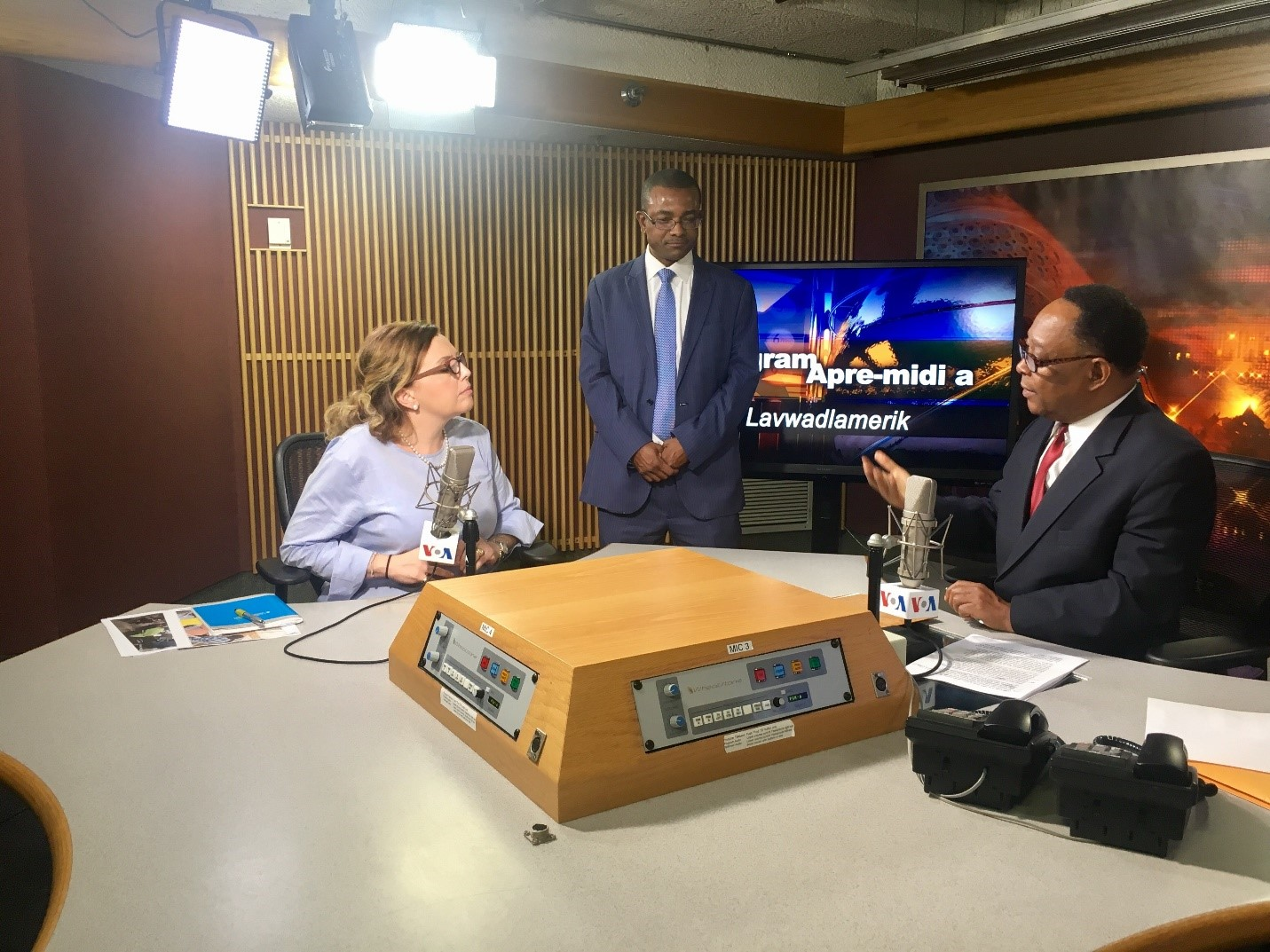 Rossi discusses the importance of transparent elections and the role of a permanent electoral council in Haiti with Creole Correspondent Lyonel Desmarattes./