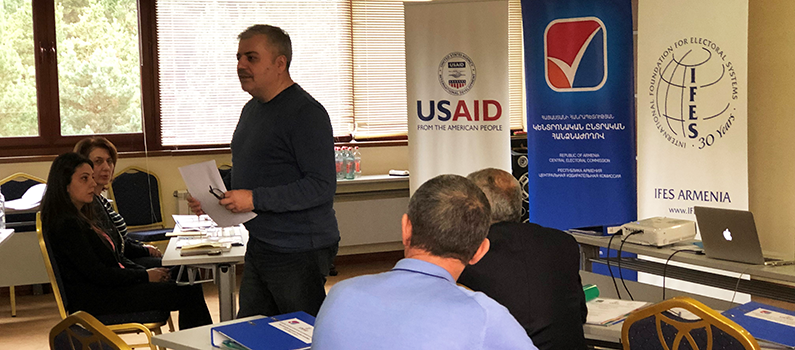 IFES Senior Election Specialist for Armenia Aghasi Yesayan delivers a training on how to train poll workers in advance of Armenia's early parliamentary elections.